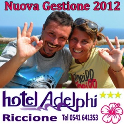 Piscina hotel Adelphi Riccione