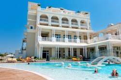 hotel 4 stelle riccione con piscina