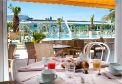 hotel cattolica colazione inclusa