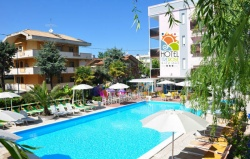 hotel con piscina riccione