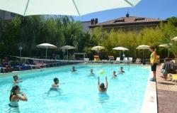 hotel riccione animazione in piscina