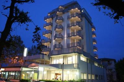 LUGLIO ALL INCLUSIVE HOTEL SUL MARE