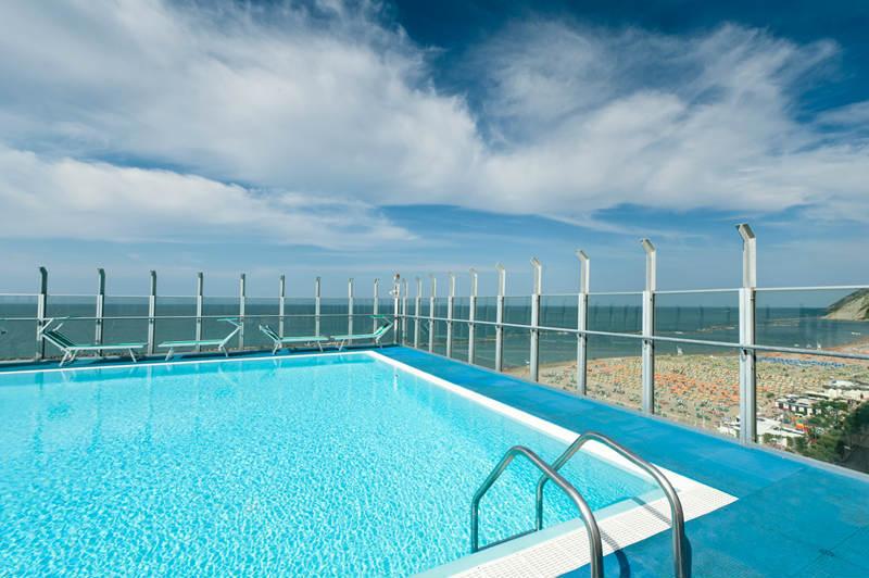 Hotel napoleon il portale delle vacanze - Hotel sul mare con piscina ...