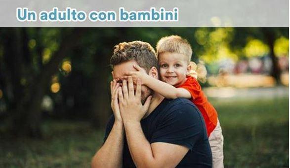 Un adulto con bambini in Hotel a Milano Marittima